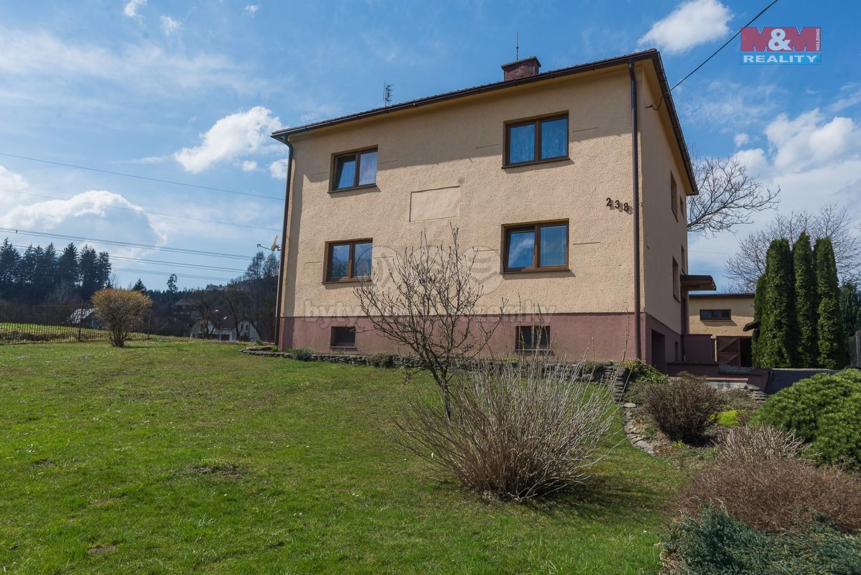 Prodej, rodinný dům 6+2, 1222 m2, Dolní Lomná