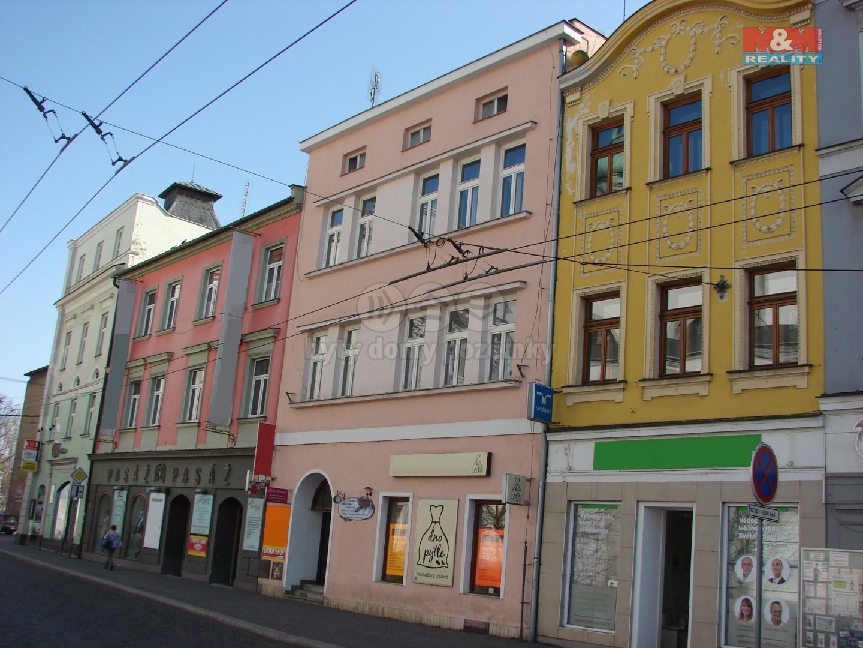 Pronájem, obchodní prostory, 21 m2, Opava, ul. Dolní náměstí