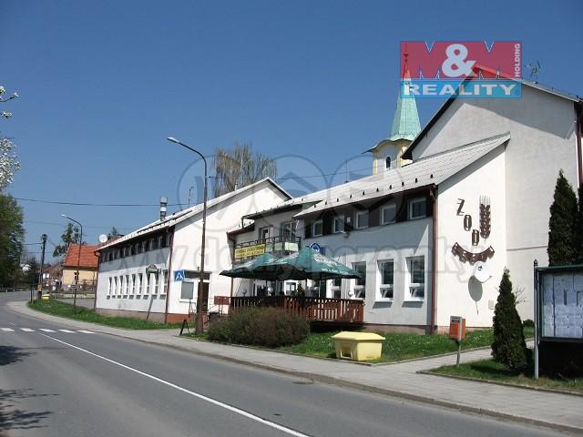 Pronájem, komerční prostrory, 465 m2, Lešná