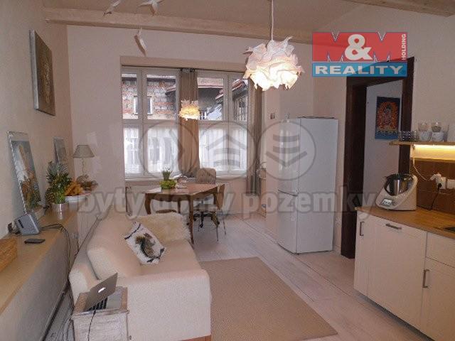 Prodej, byt 3+1, 103 m2, OV, Děčín, ul. Máchovo nám.