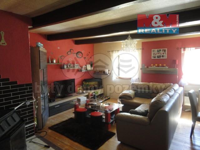 Prodej, rodinný dům 4+1, 1171 m2, Lomnice