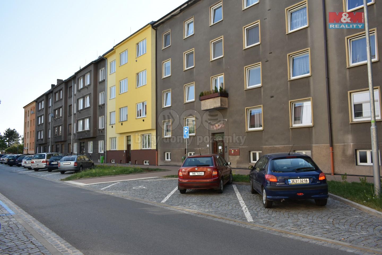 Pronájem, byt 1+1, 50 m2, Pardubice - centrum, ul. Macanova