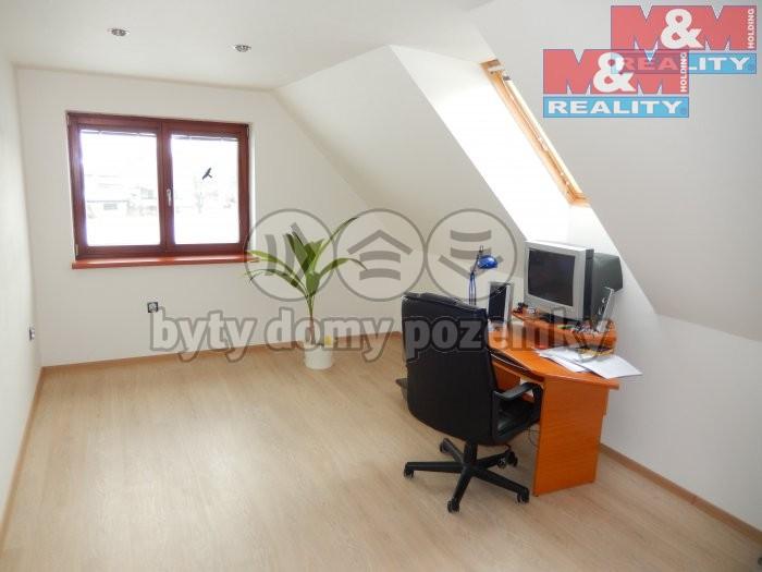 Prodej, rodinný dům, 4+kk, Ostrava - Poruba, ul. Záhumenní