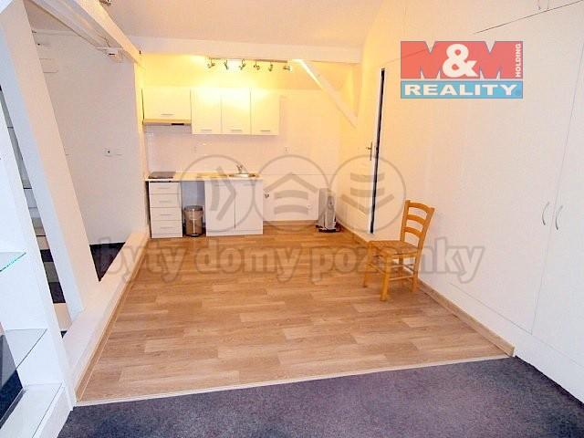 Pronájem, byt 1+kk, 80 m2, Ostrava, ul. Nádražní