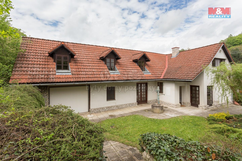 Prodej, rodinný dům, 881 m2, Lutonina