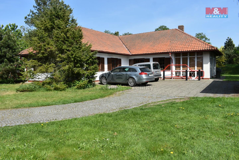 Prodej, rodinný dům 4+kk, Pardubice - Staročernsko