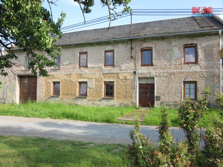 Prodej, rodinný dům 10+1, 6695 m2, Senička