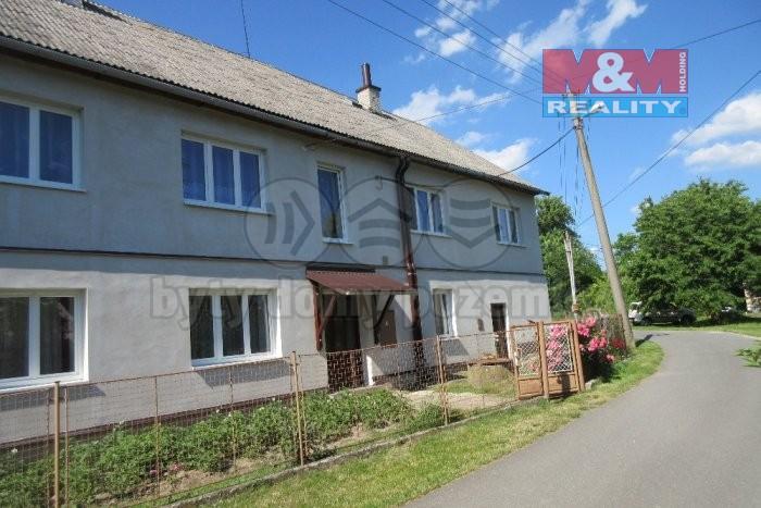 Prodej, rodinný dům 6+2, 1903 m2, Libina