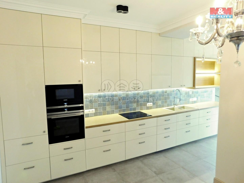 Prodej, byt 4+kk, 158 m2, Praha 3, ul. Ke kapslovně