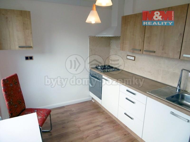 Prodej, byt 1+1, 39 m2, Krnov