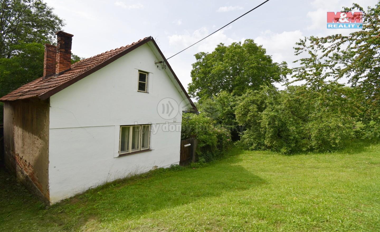Prodej, rodinný dům, 878 m2, Zámrsky