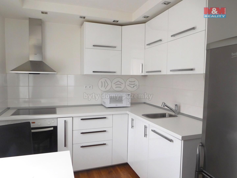 Prodej, byt 2+1, 72 m2, Břeclav