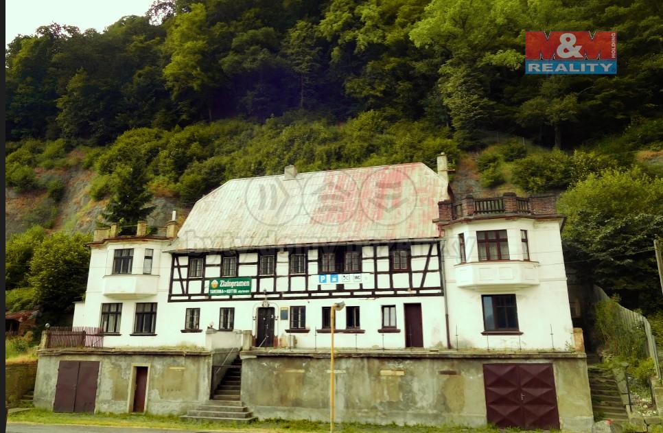 Prodej, rodinný dům, 532 m2, Dobkovice
