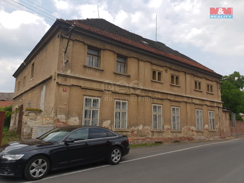 Prodej, rodinný dům, 3571 m2, Hrušovany - Lažany