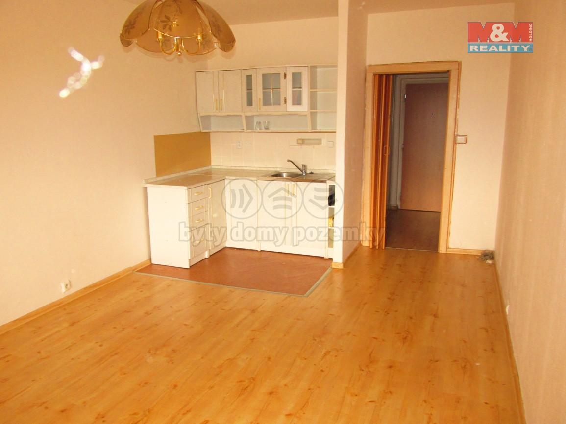 Prodej, byt 1+kk, 32 m2, Ostrava, ul. náměstí Václava Vacka