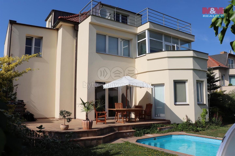 Prodej, rodinný dům 9+3kk, 270m2, Praha 6 - Suchdol