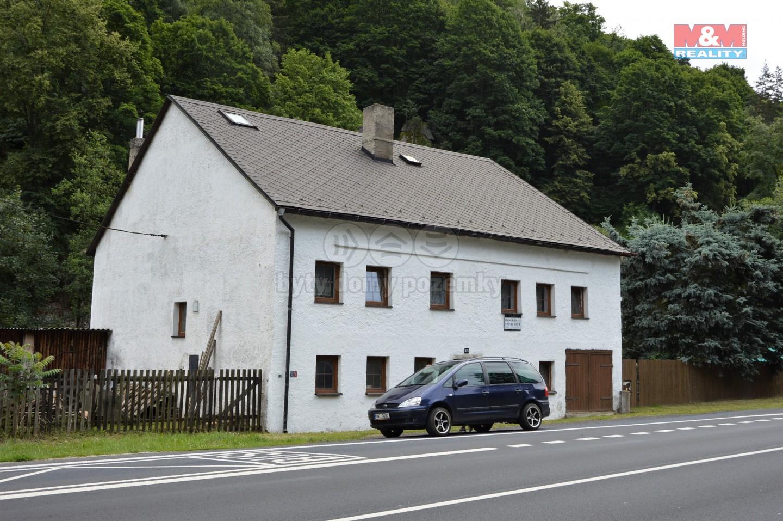 Prodej, rodinný dům 290 m2, pozemek 5376 m2, Bečov n. Teplou