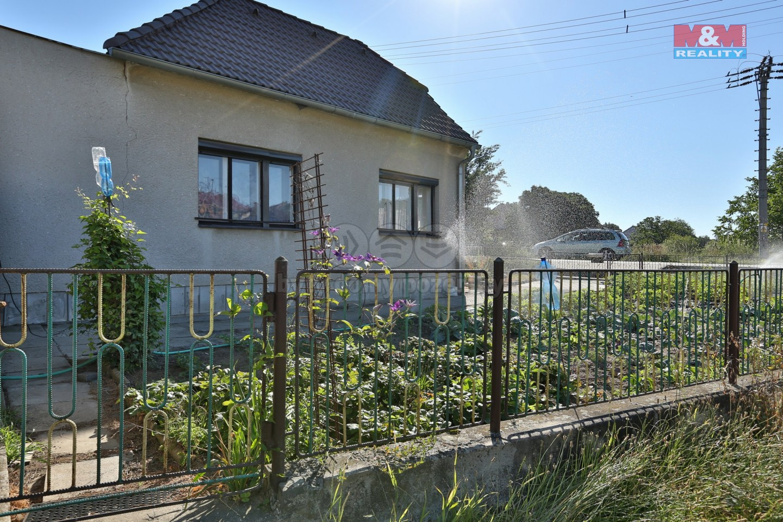 Prodej, rodinný dům 4+1, 459 m2, Popůvky u Brna