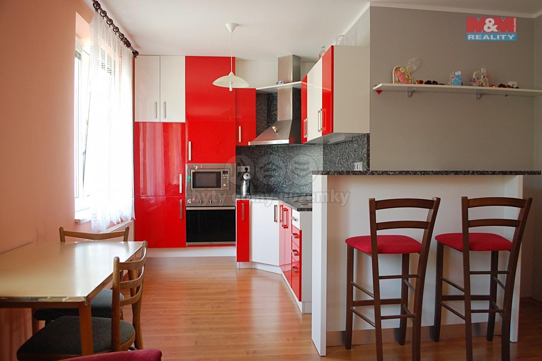 Prodej, byt 2+kk, Uherský Brod