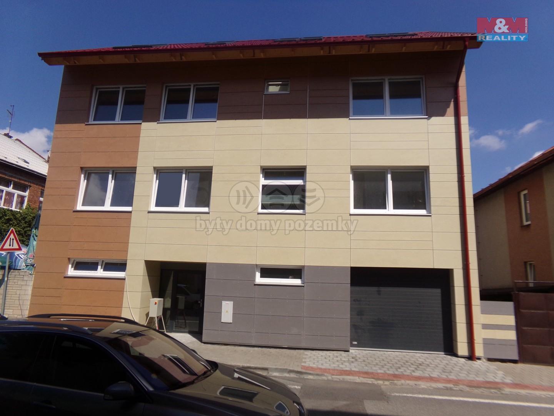 Prodej, byt 1+kk, 24 m2, Kroměříž