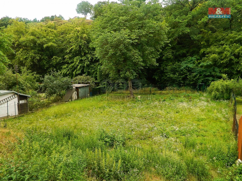 Prodej, zahrada 873 m2, Šlapanice, Brno - venkov