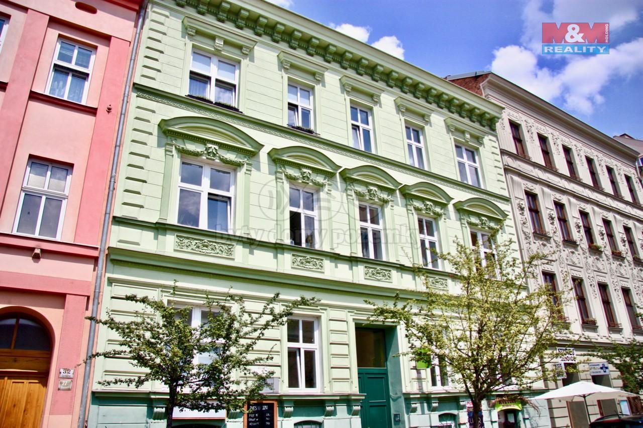 Prodej, 1/4 bytového domu, byty 1+kk a 5+kk, 200 m2