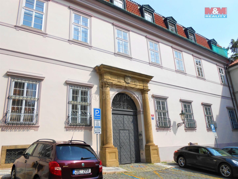 Pronájem, kancelářské prostory, 227 m2, Praha 1