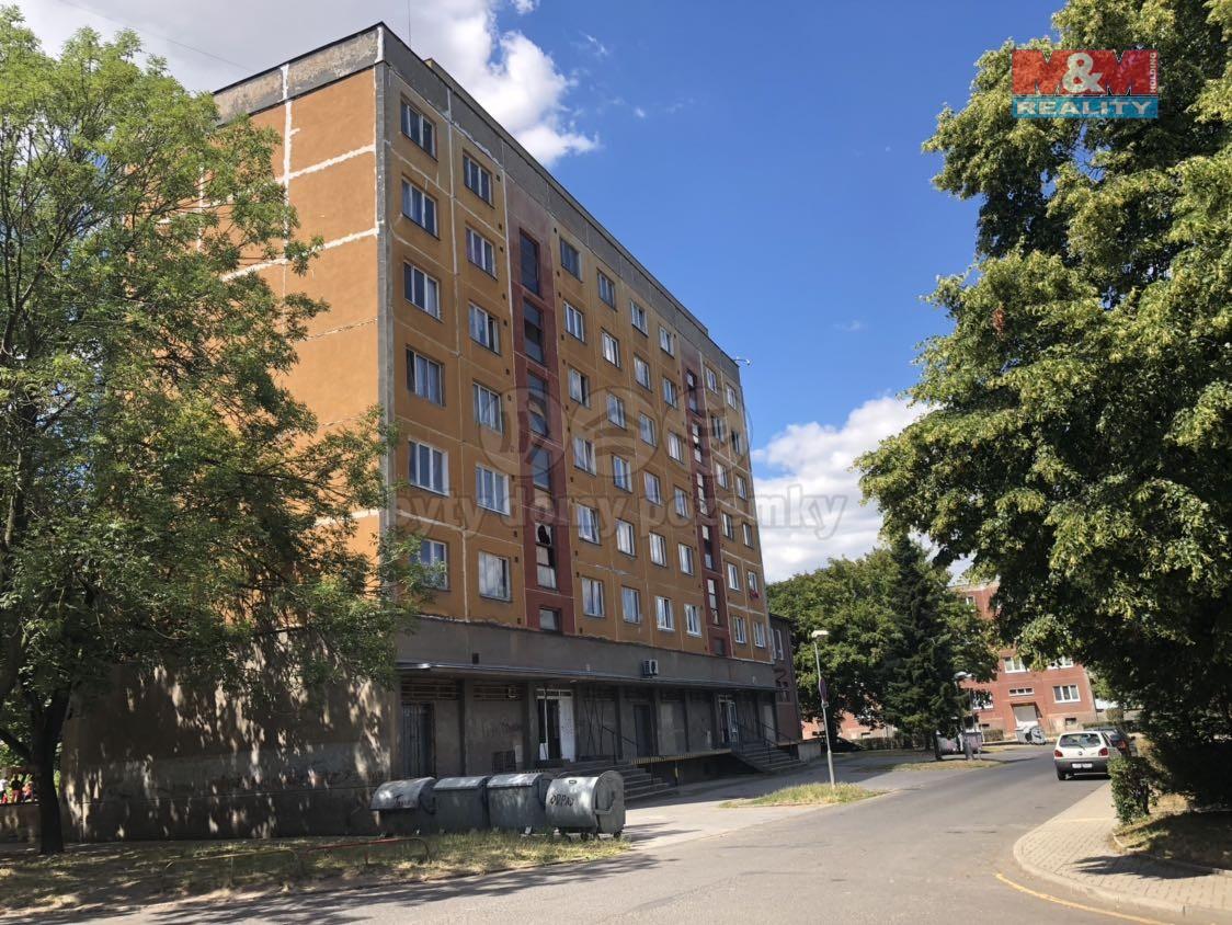 Pronájem, byt 2+1, 59 m2, OV, Bílina, ul. Maxe Švabinského