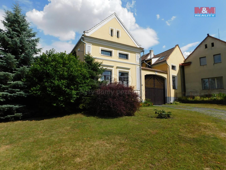 Prodej, rodinný dům 8+3, 587 m2, Libčeves, Charvatce
