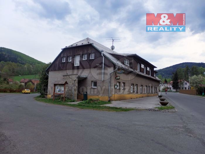 Prodej, restaurace, 520 m2, Komorní Lhotka