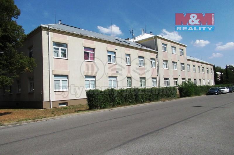 Prodej, byt 2+kk, 71 m2, Lázně Bohdaneč - ul. Na Lužci