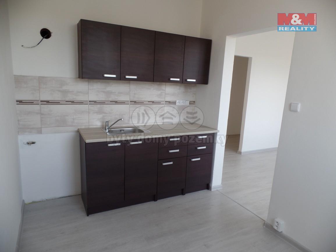 Prodej, byt 2+1, 44 m2, Orlová, ul. Adamusova