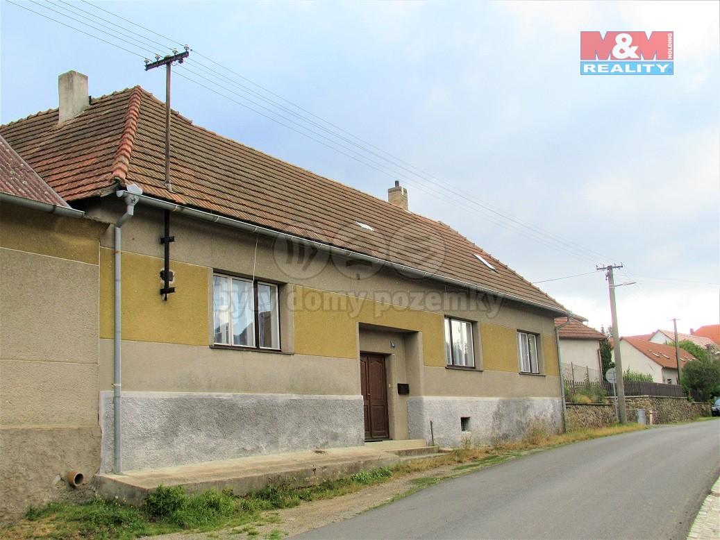 Prodej, rodinný dům 4+1, 750 m2, Senožaty