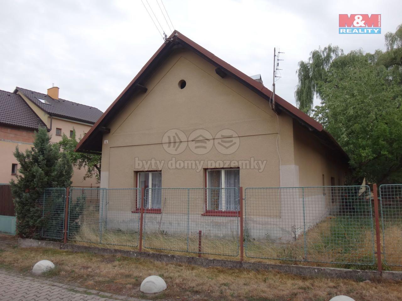 Pronájem, rodinný dům 3+1, 667 m2, Pardubice - Popkovice