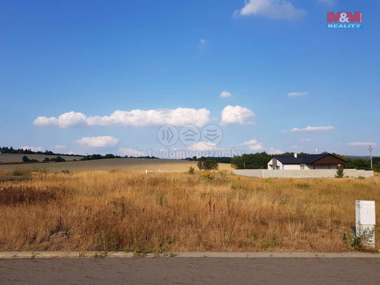 Prodej, pozemek, 728 m2, Droždín