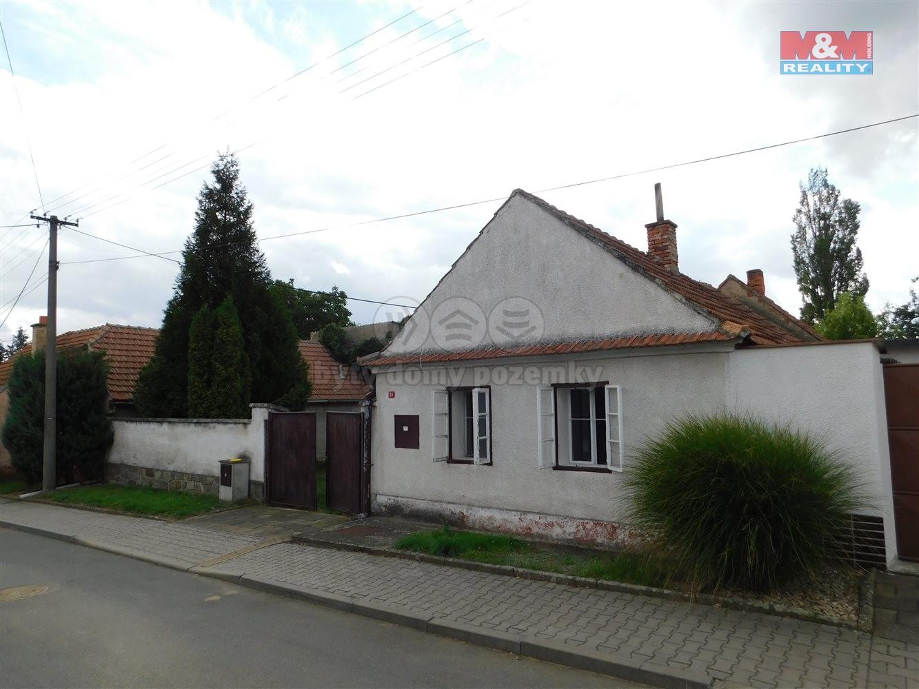 Prodej, rodinný dům 2+1, 1068 m2, Horní Dubňany
