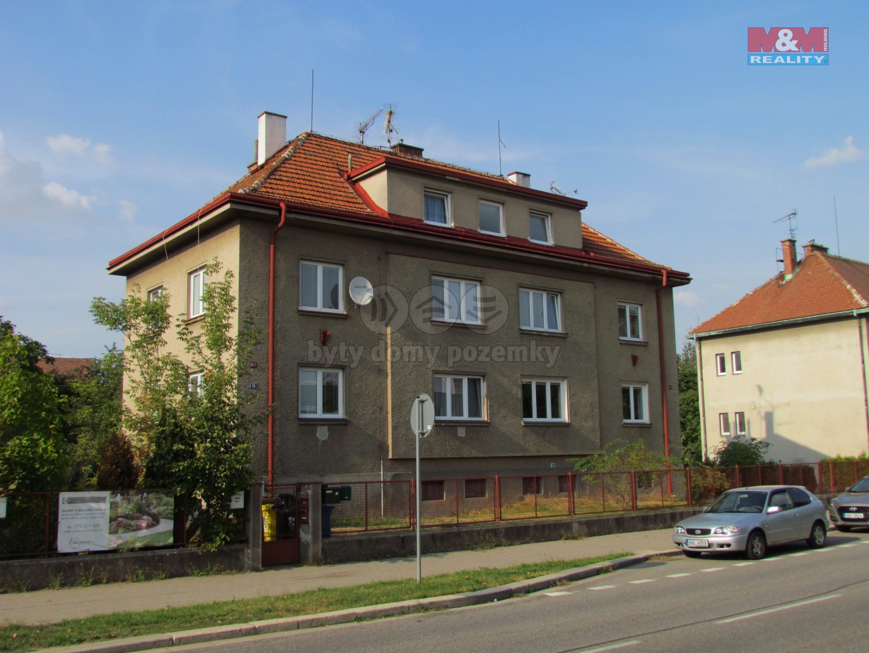 Prodej, byt 2+kk, Hradec Králové, ul. V Lipkách