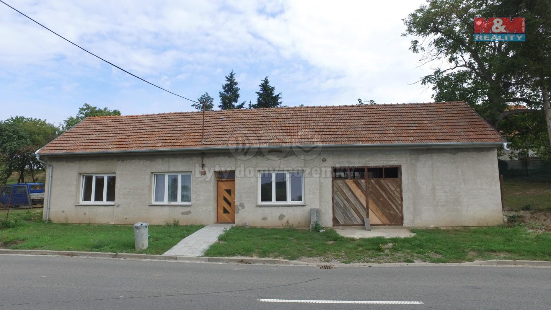 Prodej, rodinný dům 405 m2, Roštín, pozemek 1000 m2