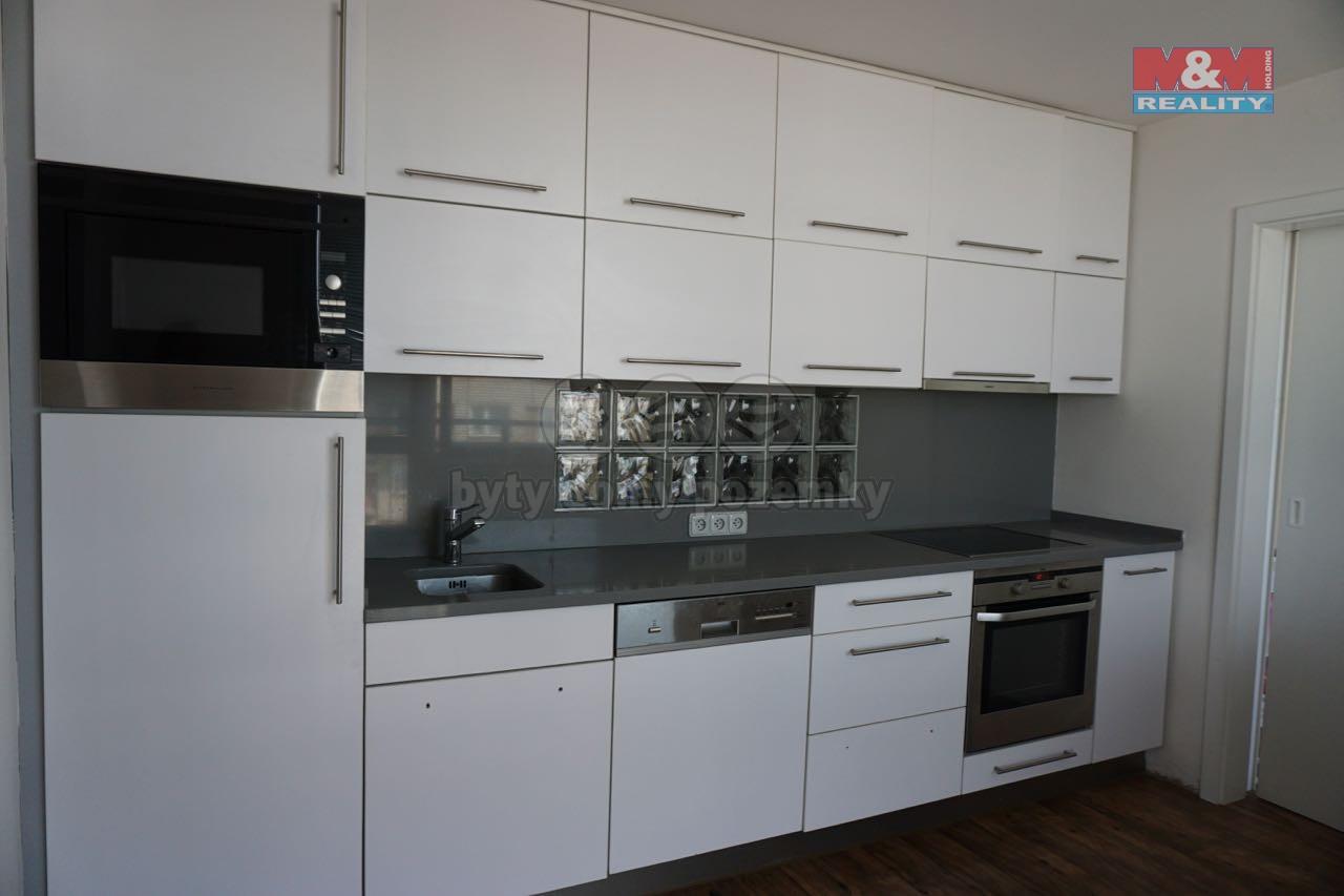 Prodej, byt 3+1, 74 m2, Pardubice, ul. Palackého třída
