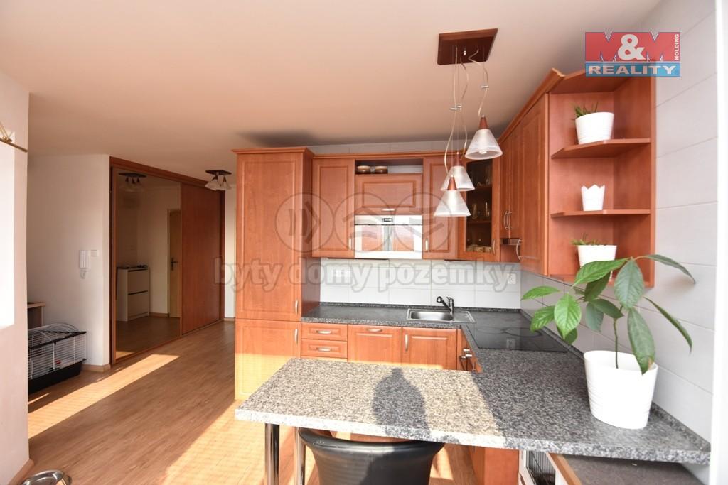Prodej, byt 2+kk, 43 m2, OV, Praha 9 - Čakovice
