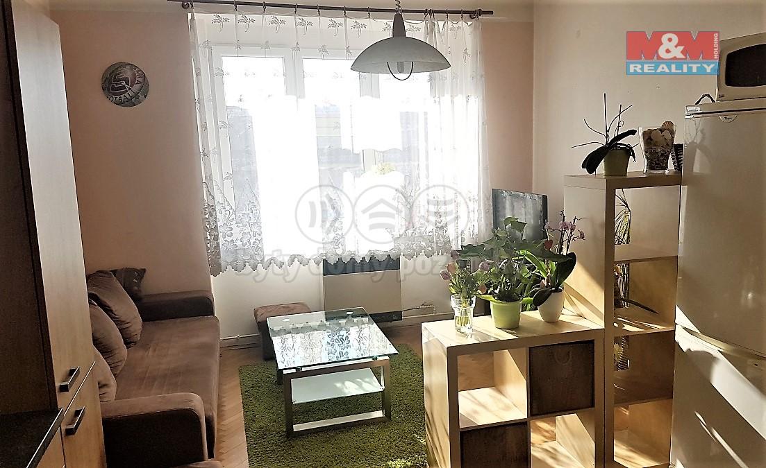 Pronájem, byt 2 + kk, 51 m2, Praha - Holešovice