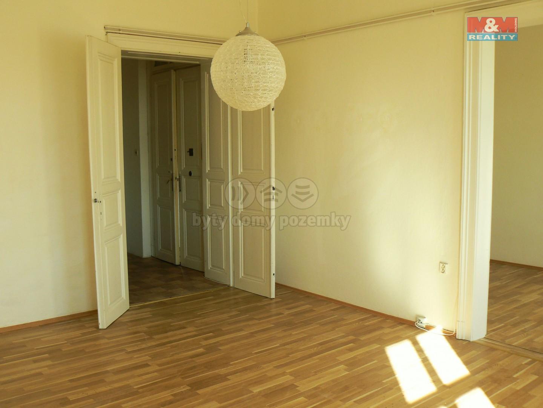 Pronájem, byt 3+1, Znojmo, ul. Mariánské náměstí