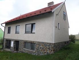 Prodej, rodinný dům, 2214 m2, Brumov