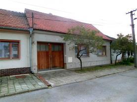 Prodej, rodinný dům 3+1, 559 m2, Mělčany