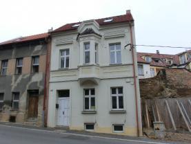 Prodej, nájemní dům, 71 m2, Slaný