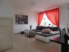 Prodej, rodinný dům 7+kk, 1630 m2, Čebín
