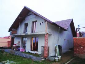 Prodej, rodinný dům 5+kk, 731 m2, Hlína