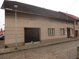 Prodej, rodinný dům 2+1, 342 m2, Chropyně