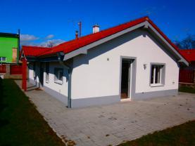 Pronájem, rodinný dům 3+kk, 275 m2, Lenešice