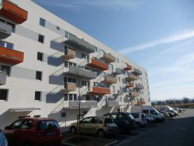 Pronájem, byt 1+kk, 39 m2, Praha 10 �